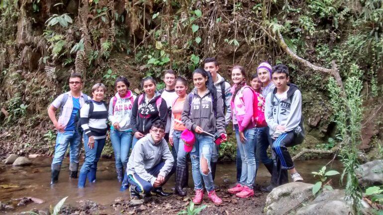 Deltagare i en av de miljökurser som hållits.